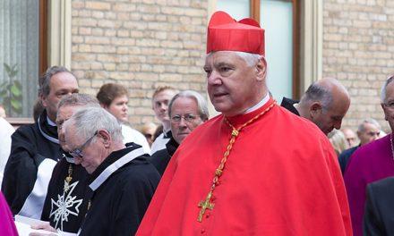 """Kardinaali Müller julkaisi """"Uskon manifestin"""""""