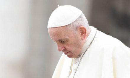 Paavi ilmoitti erityisistä rukoushetkistä