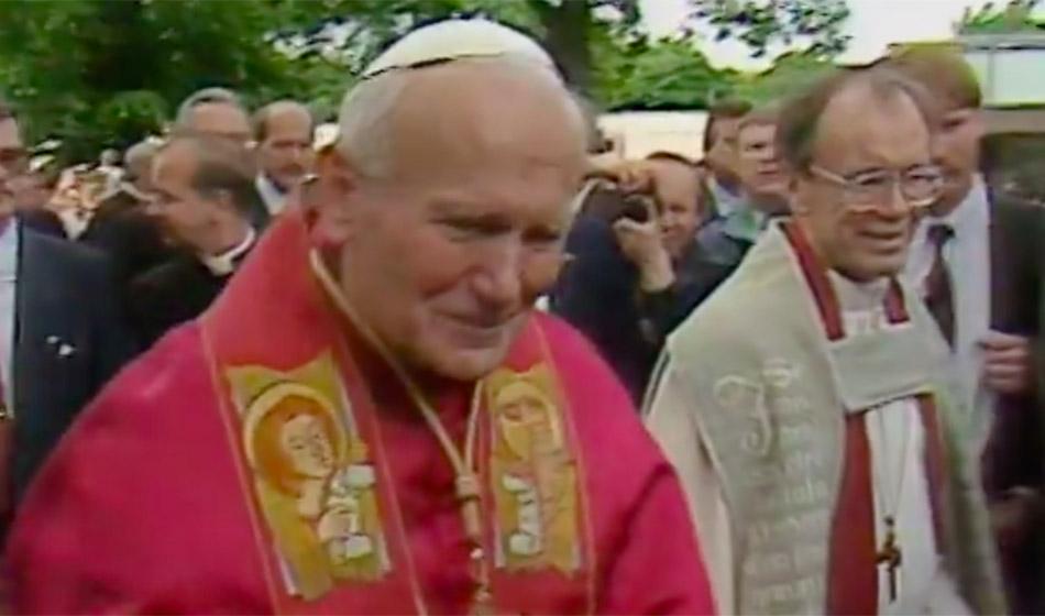 30 vuotta paavin vierailusta