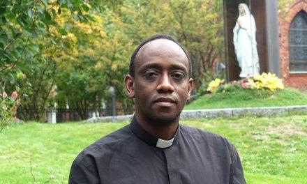 Isä Jean Claude  –katedraalimme uusi kirkkoherra