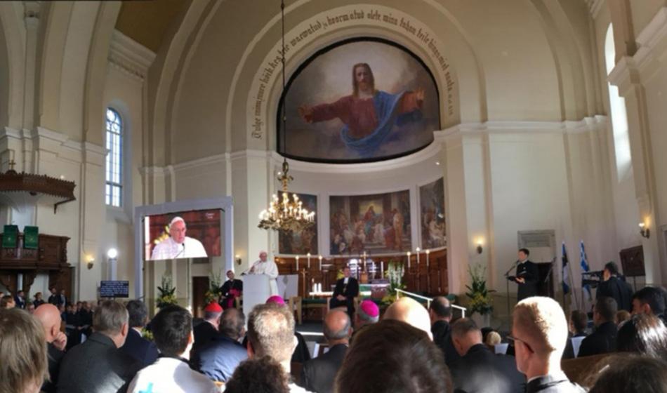 Matka uskon satamaan  –vuosi paavi Franciscuksen Tallinnan vierailusta