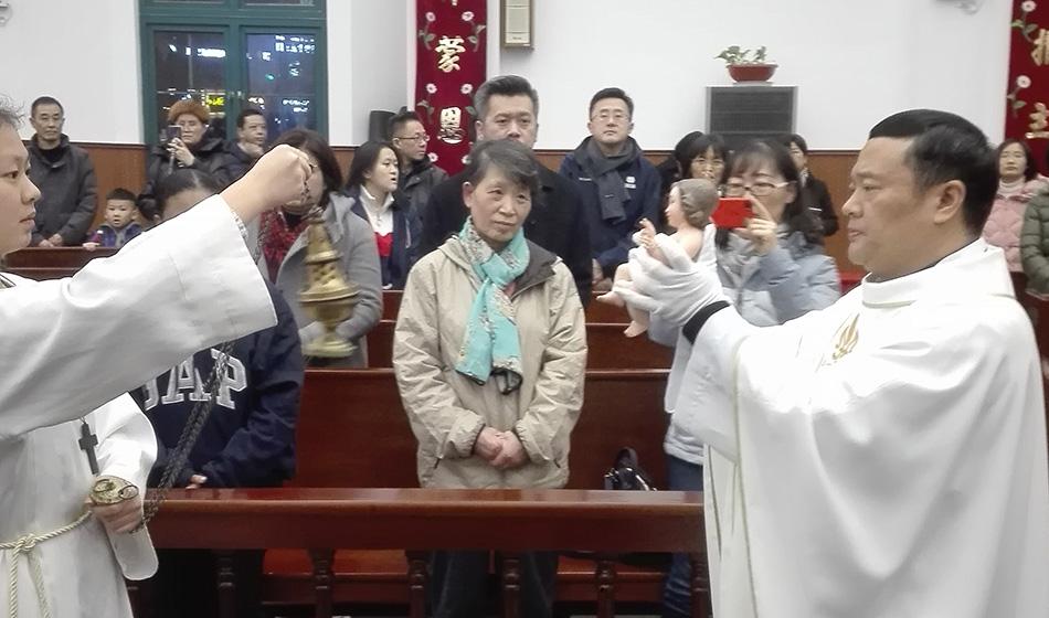 Pääsiäissaari, Betlehem, Shanghai – kolme erikoista joulua