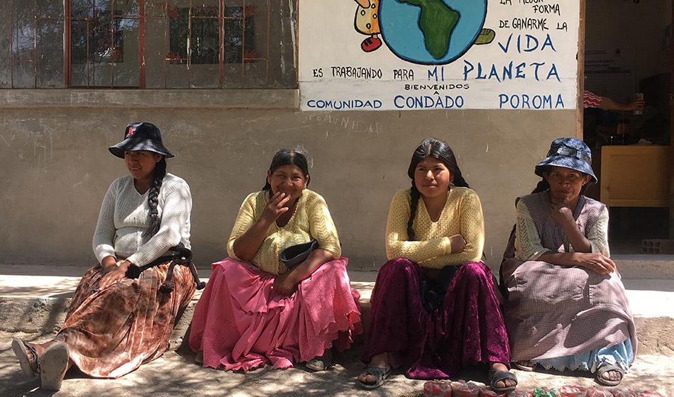 Puhdasta vettä Bolivian vuoristokylissä