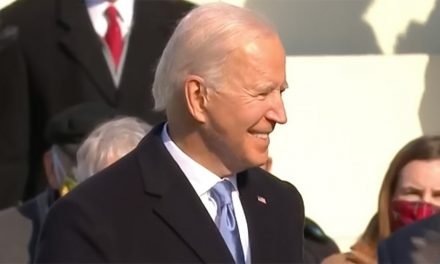 Paavi onnitteli Joe Bidenia